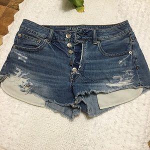 AEO  hi-rise festival button up denim shorts
